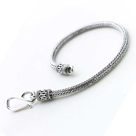 Subtle Yama Bracelet
