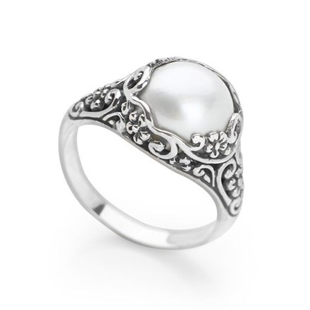 Enchanted Pearl Ring