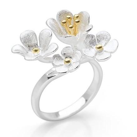 Petit Bouquet Ring