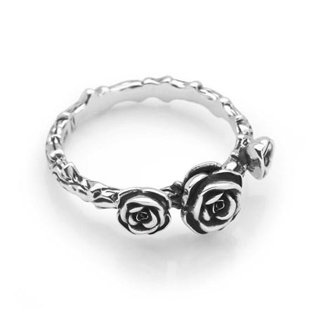 Royal Rose Ring