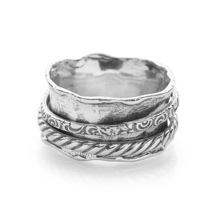 Vinyard Spin Ring