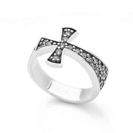 Sparkling Cross Ring