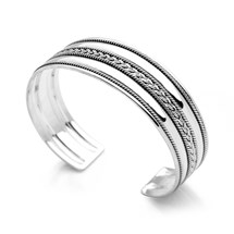 Sweet Bali Bangle