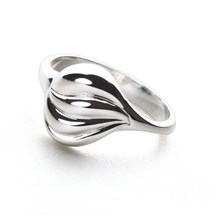 Cream of Silver Ring
