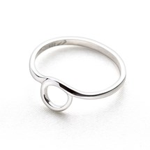 Mini Hoop Ring