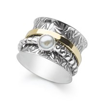 Pearl Spin Ring