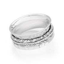 Feather Spin Ring